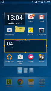 Pomocí oranžového rámečku můžete upravit velikost widgetu